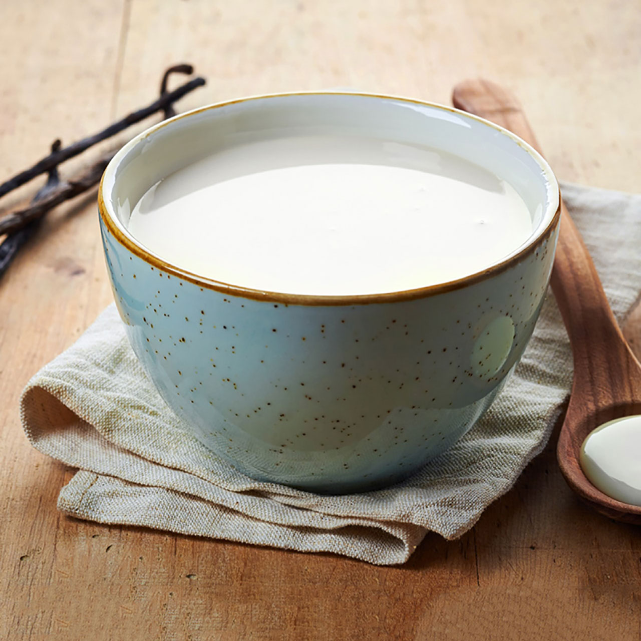 蛋白燉鮮奶